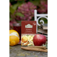Winter Charm, alma és fahéj ízesítésű gyümölcs tea feltálalva
